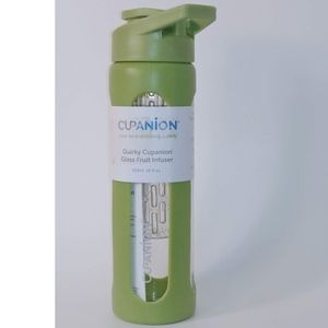 Cupanion water bottle & infuser.  New